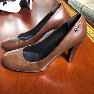 MOVING SALE Gucci Great Office to Going Out Heels